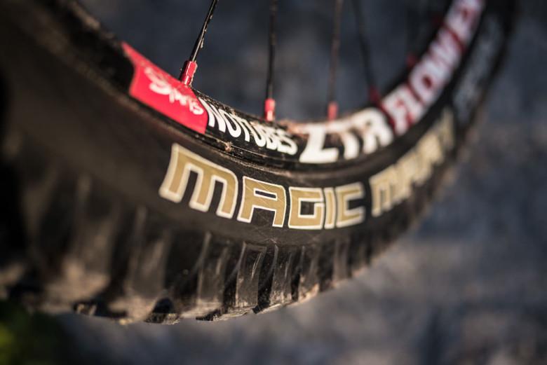 Schwalbe-Magic-Mary-Rock-Razor-Enduro-Racing-tire-test-review-reifen-enduro-rennreifen-15-e1370537805510-780x521