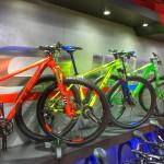 CUBE LTD SL 29. Rojo, amarillo y verde